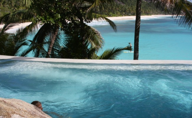 3 Seychelles North Island Pool